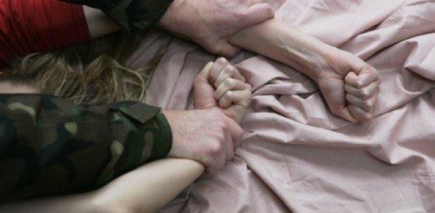 В Приморском крае молодой человек, изнасиловал сестру