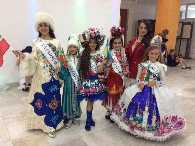 Візитка для дівчинки на конкурс на українській мові