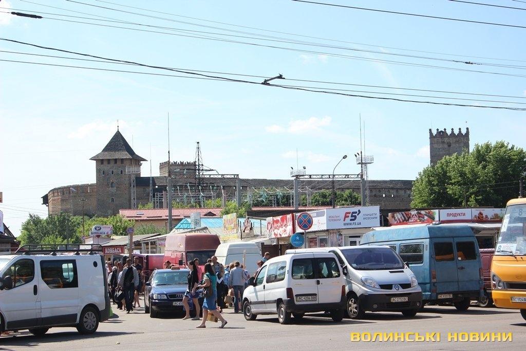 """""""Камнями нах#й ті трактора!"""" - у Луцьку вночі розпочалося знесення контейнерів на Центральному ринку - Цензор.НЕТ 9128"""