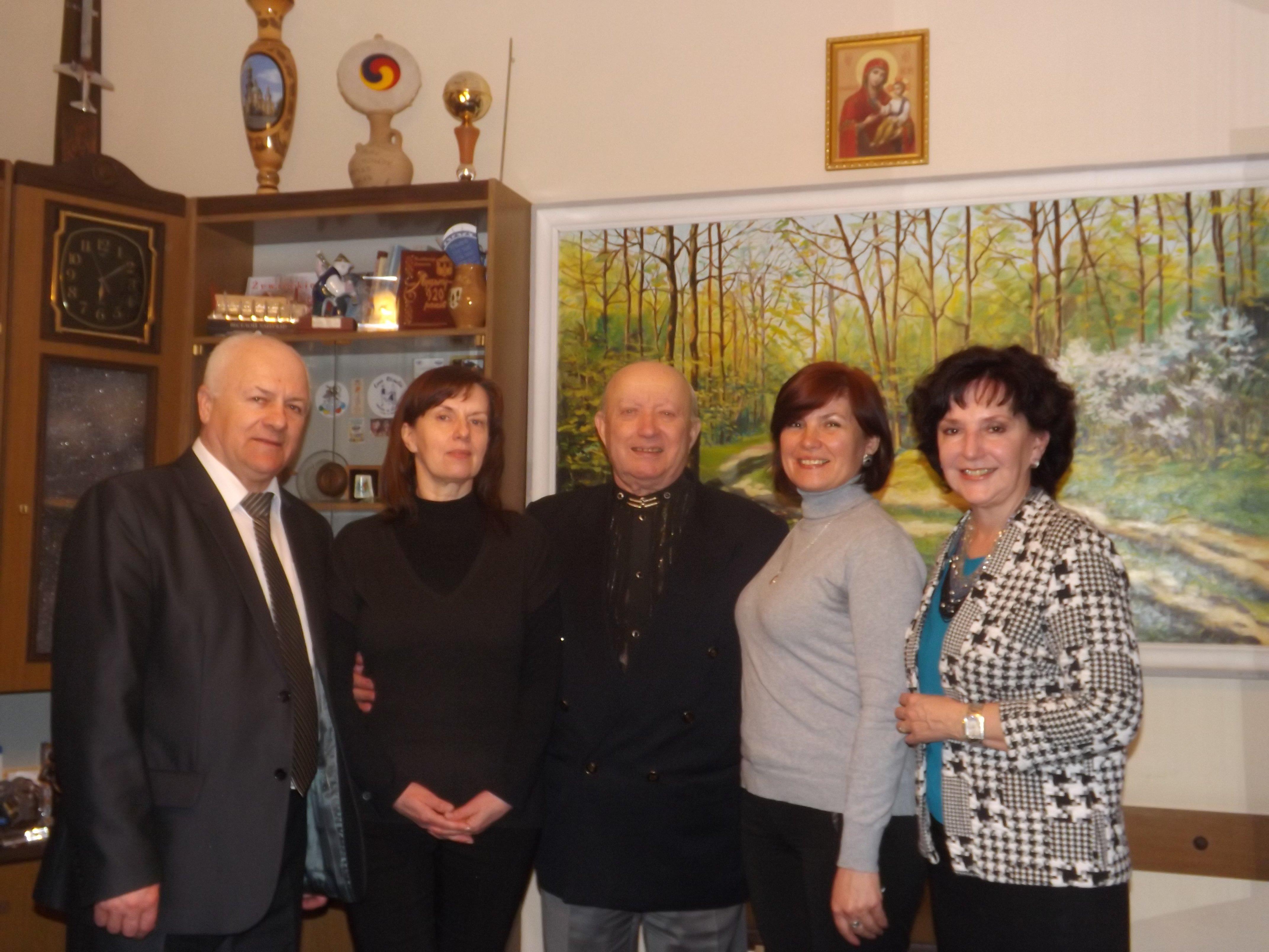Луцьк відвідав керівник ансамблю 78eac6d309b81
