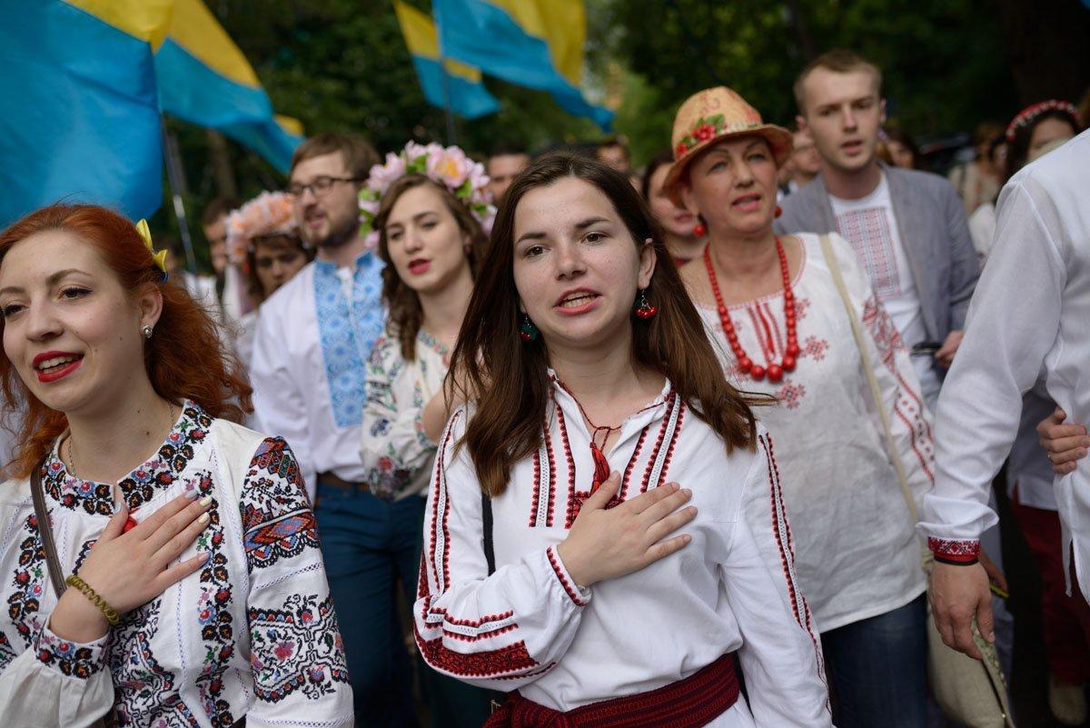 В Україні відбувся Мегамарш вишиванок. ФОТО a20878d7c6027