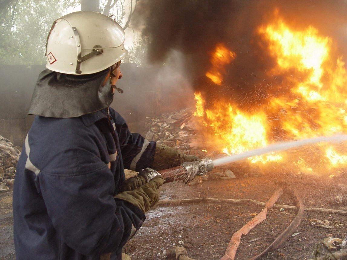 В Івано-Франківській області трапилася пожежа на території млина