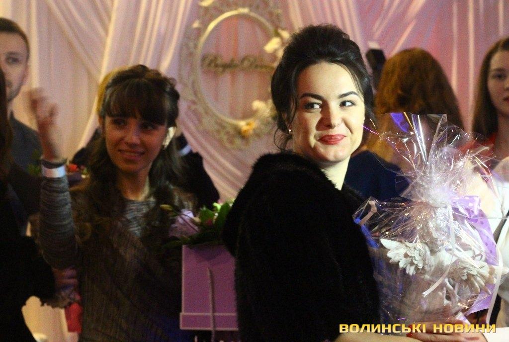 Власне і все весілля було оформлене у цих тонах. Погодьтеся b6432cf9e573a