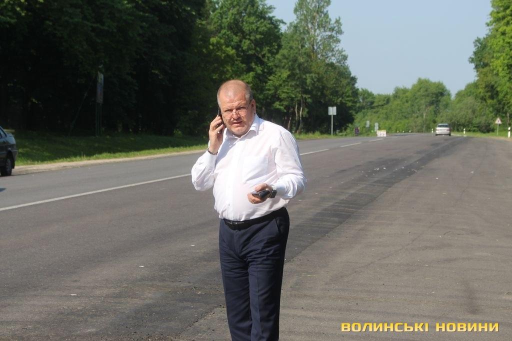 В.Гройсман пропонуватиме збільшити на5 млрд грн фінансування будівництва доріг