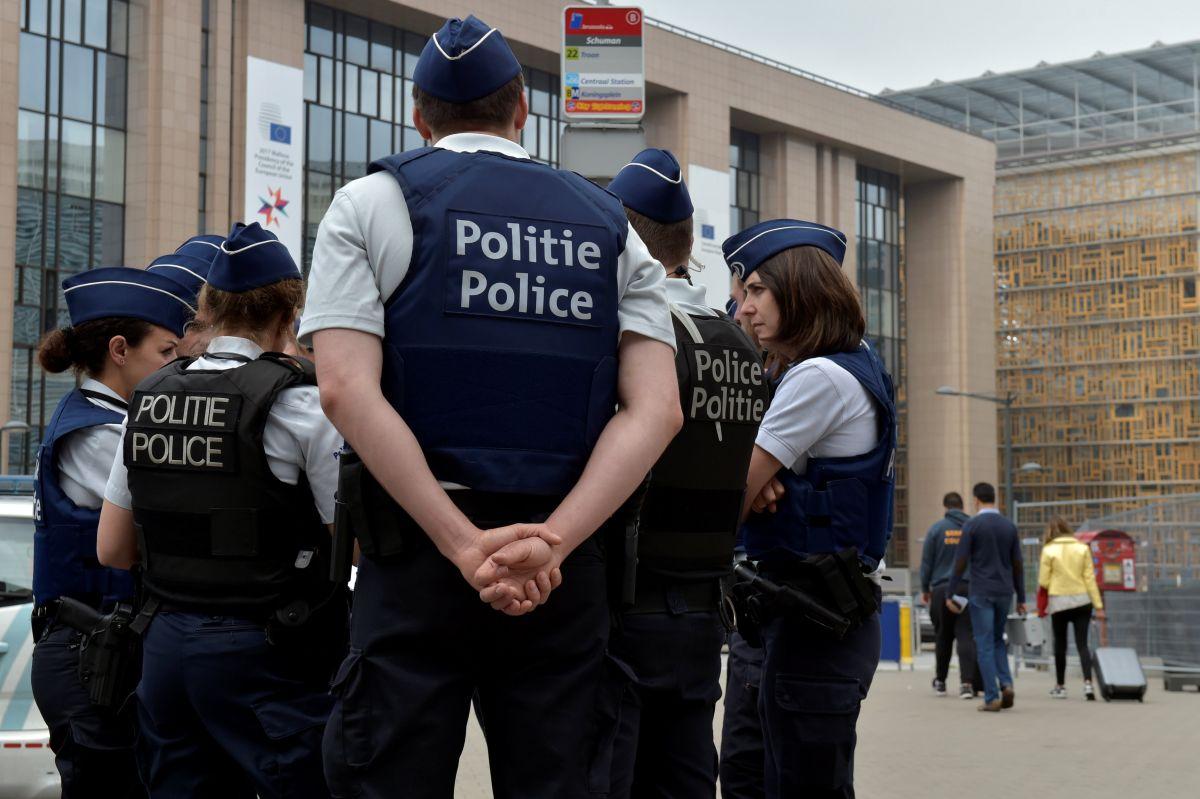 Вибух уБрюсселі. Застрелено чоловіка зпоясом смертника