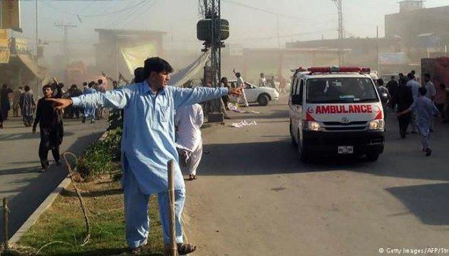 УПакистані прогримів вибух біля офісу начальника поліції, 11 загиблих