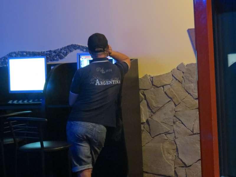 Заробіток в інтернеті обіграти казино