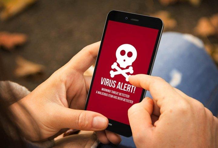 Вірус «CopyCat» атакував понад 14 мільйонів мобільних телефонів