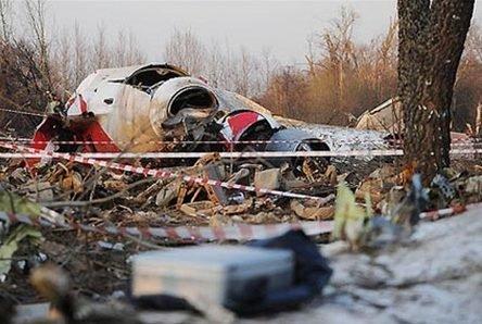 Смоленська катастрофа: вже у13 трунах знайшли фрагменти тіл інших людей