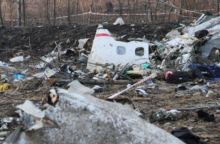 ЗМІ: На лівому крилі літака Качинського є сліди вибуху