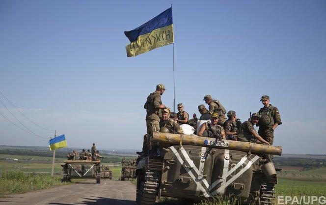 Військові, які служать на лінії зіткнення, отримають премії знагоди Дня Незалежності