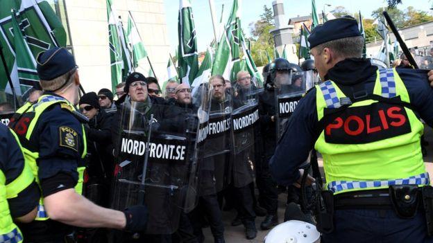 Марш неонацистів уШвеції: сутички зполіцією та60 затриманих