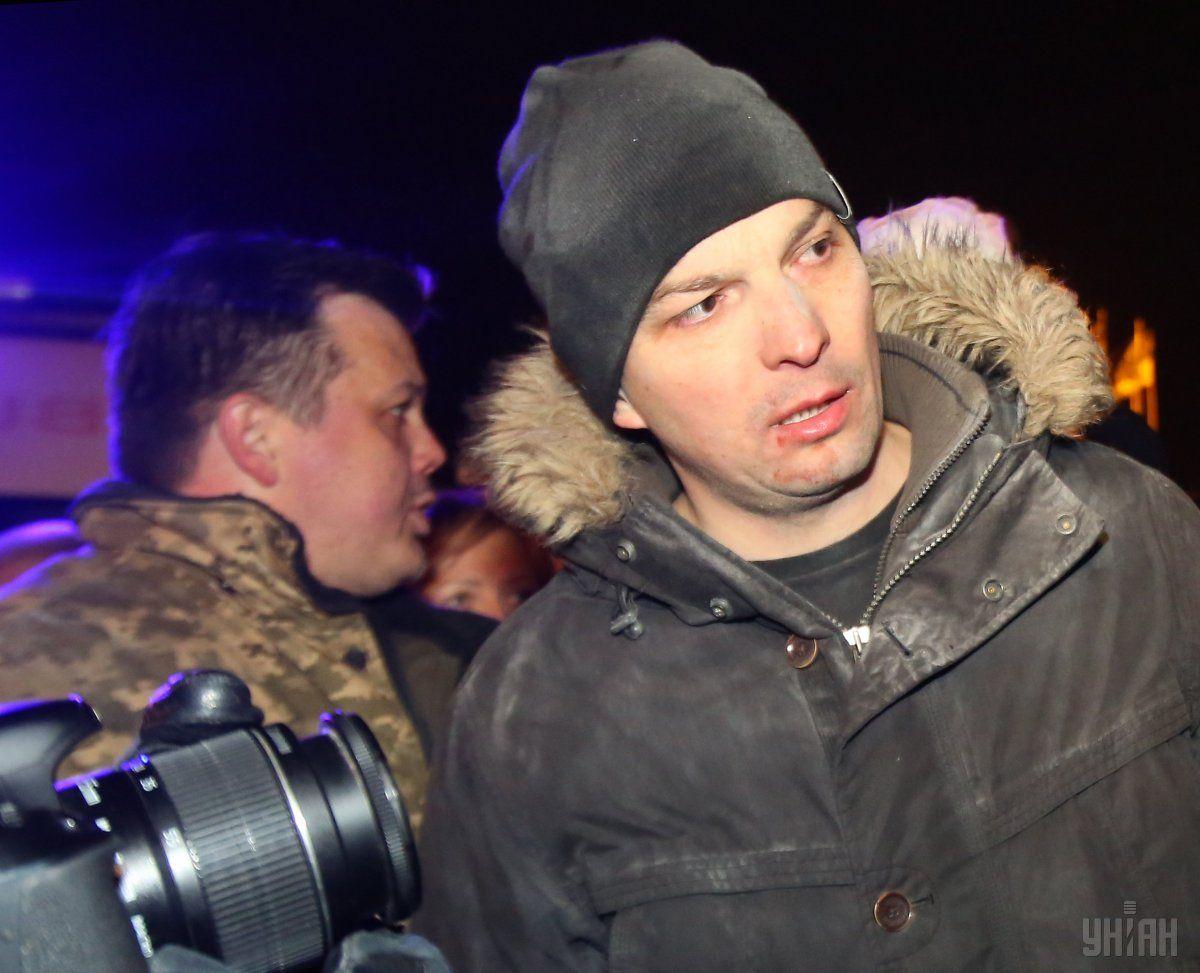 Соболєв побився зучасником мітингу під Радою: відео