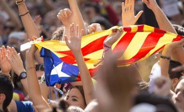 Страйк уКаталонії: активісти блокують дороги і залізниці