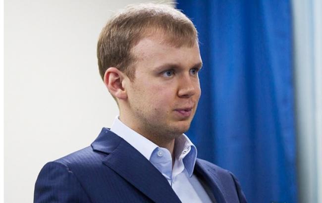 Суд конфіскував нафтопродукти Курченка на вісімсот мільйонів