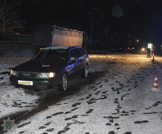 У Маневичах в аварії загинув пішохід 39cadff880566