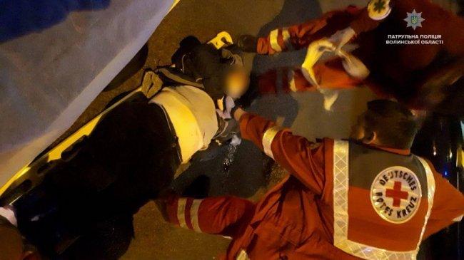 У Луцьку бляха збила жінку, яка перебігала дорогу. ФОТО. ОНОВЛЕНО