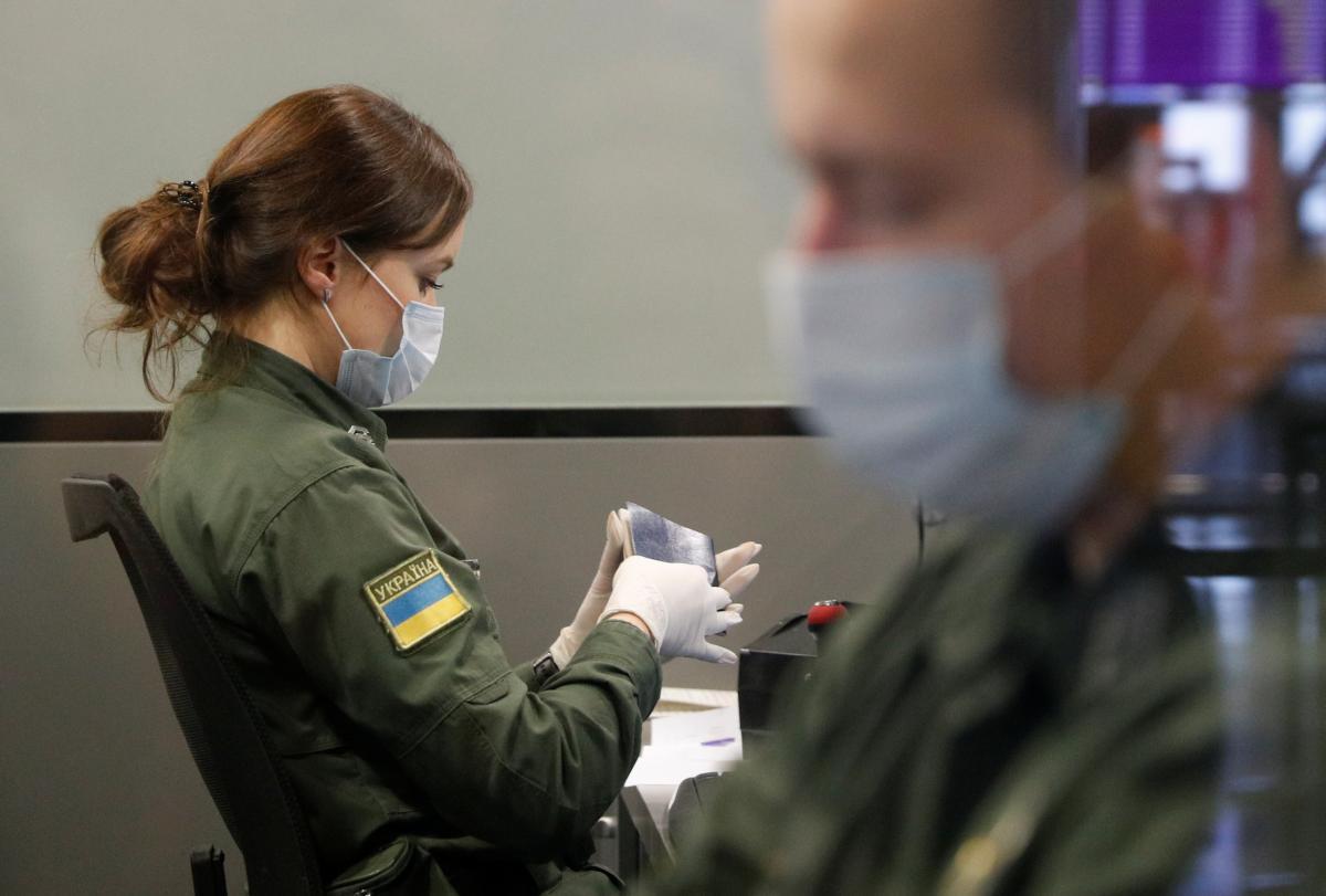 Евакуйованих із Китаю українців розмістять у 4 місцях