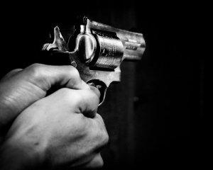 Наїхав на ногу поліцейському та врізався в навчальне авто: у Польщі зі стріляниною ловили п'яного українського водія