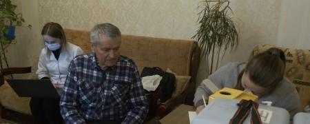 Першим на Волині вакцину CoronaVac отримав 83-річний лучанин