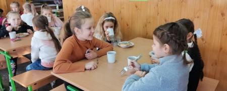 Шпундра, бігос, ньокі: учні волинського ліцею тестували нове шкільне меню