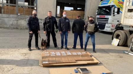 У порту Одеси серед бананів знайшли наркотиків на $10 млн