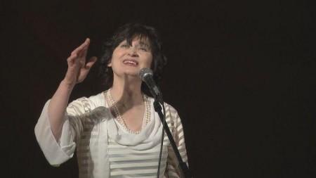 Волинська співачка – у реанімації з коронавірусом, потрібна допомога