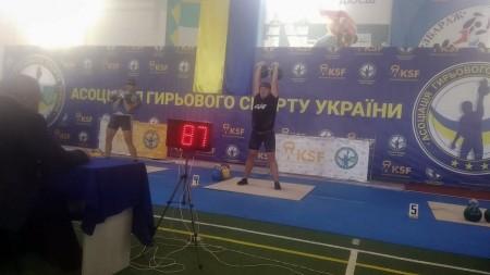 Волинський прикордонник здобув золото та срібло на Кубку України з гирьового спорту - volynfeed.com