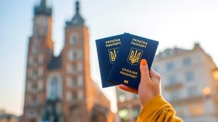 Польща видала у 20 разів більше дозволів на роботу, ніж у 2010 році: найбільше – для українців - volynfeed.com