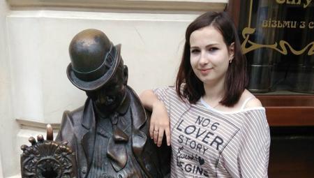 Збили дівчину в Львові thumbnail