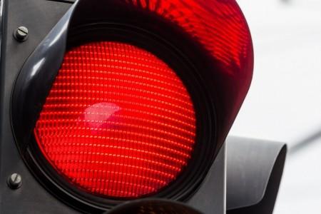 Їхав на «червоне»: у Луцьку водій маршрутки порушив правила. Відео - volynfeed.com