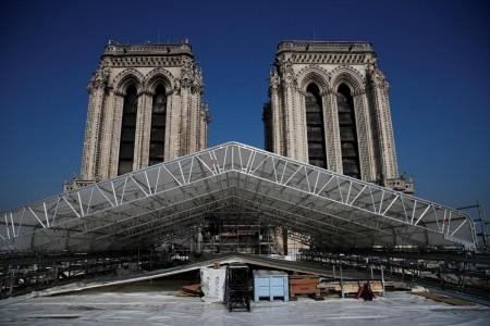 Як у Парижі реставрують Нотр-Дам після пожежі. Фото
