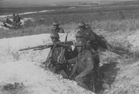 Військові маневри поляків і французів на Волині у 1925 році. Фотораритет