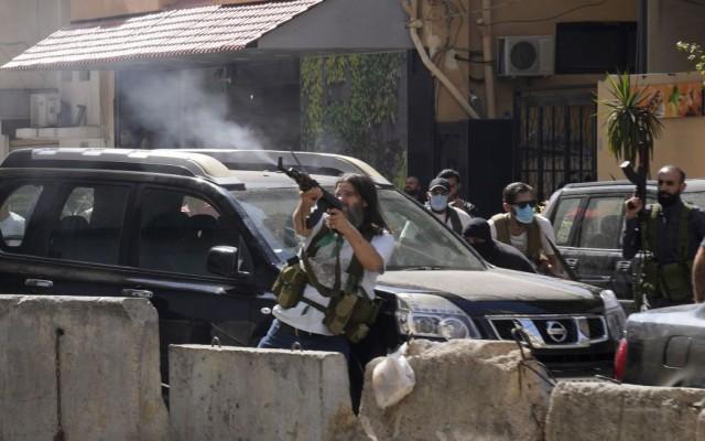 невідомі розстріляли 6 людей у Лівані, десятки поранених