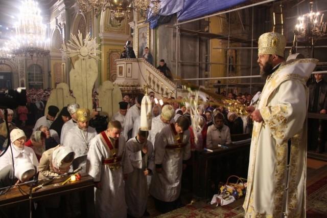 На Великдень в головному храмі Волині відбулись урочисті Богослужіння (ФОТО, ВІДЕО), фото-13