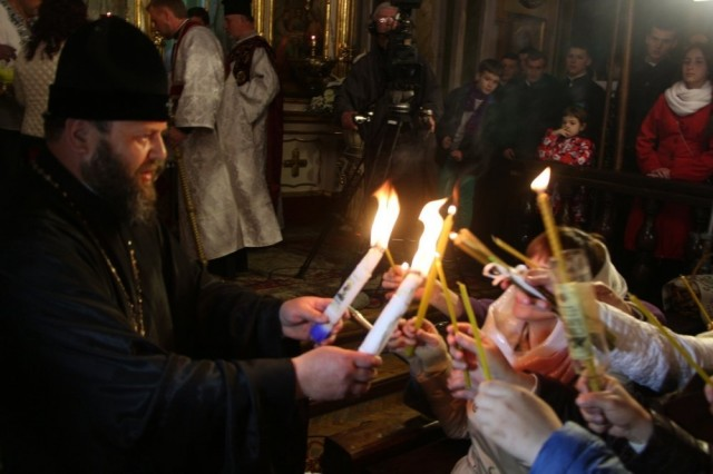 На Великдень в головному храмі Волині відбулись урочисті Богослужіння (ФОТО, ВІДЕО), фото-20