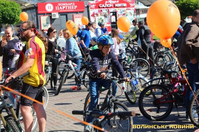 Велодень 2018: лучани на велосипедах об'їхали центральні вулиці міста (ФОТО), фото-4