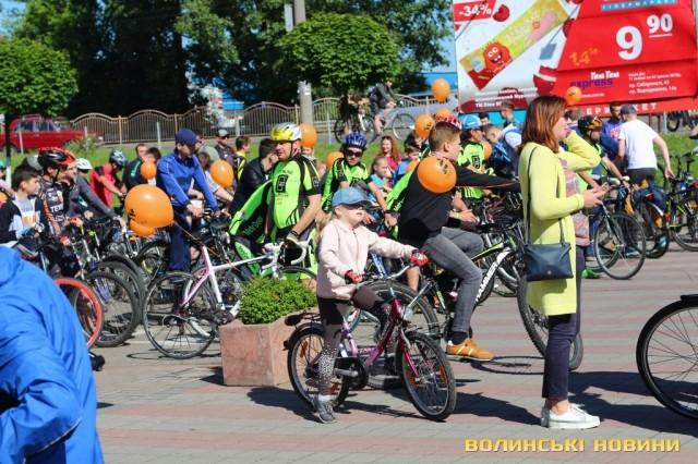 Велодень 2018: лучани на велосипедах об'їхали центральні вулиці міста (ФОТО), фото-9