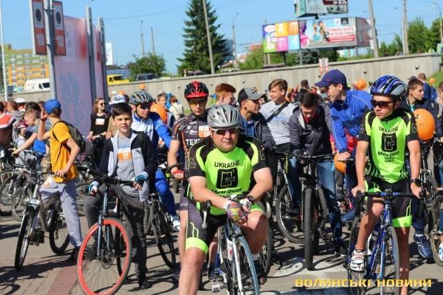 Велодень 2018: лучани на велосипедах об'їхали центральні вулиці міста (ФОТО), фото-10