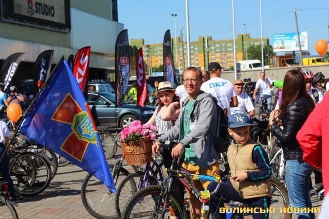 Велодень 2018: лучани на велосипедах об'їхали центральні вулиці міста (ФОТО), фото-12