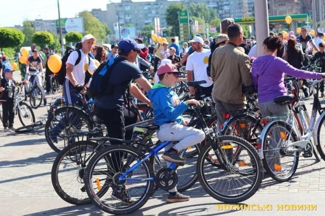 Велодень 2018: лучани на велосипедах об'їхали центральні вулиці міста (ФОТО), фото-14