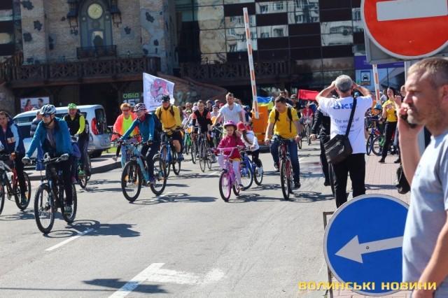 Велодень 2018: лучани на велосипедах об'їхали центральні вулиці міста (ФОТО), фото-28