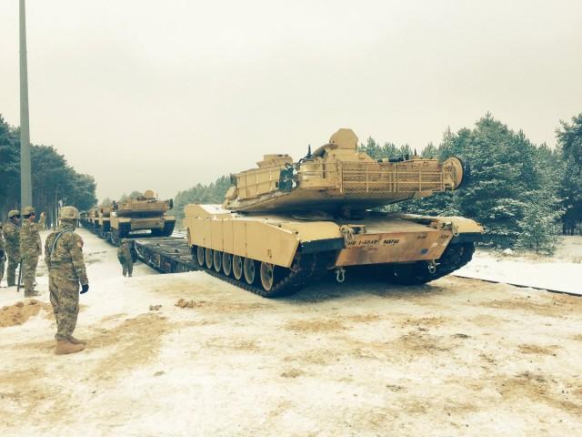 """Результат пошуку зображень за запитом """"в польщу прибули американські танки"""""""